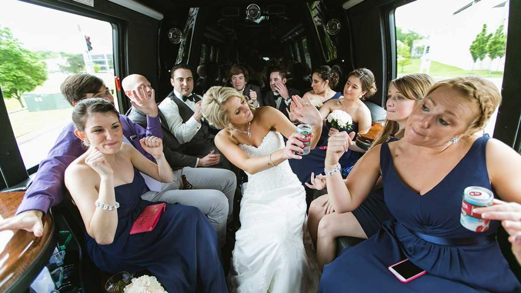 ADVANTAGES OF RENTING PARTY BUSES