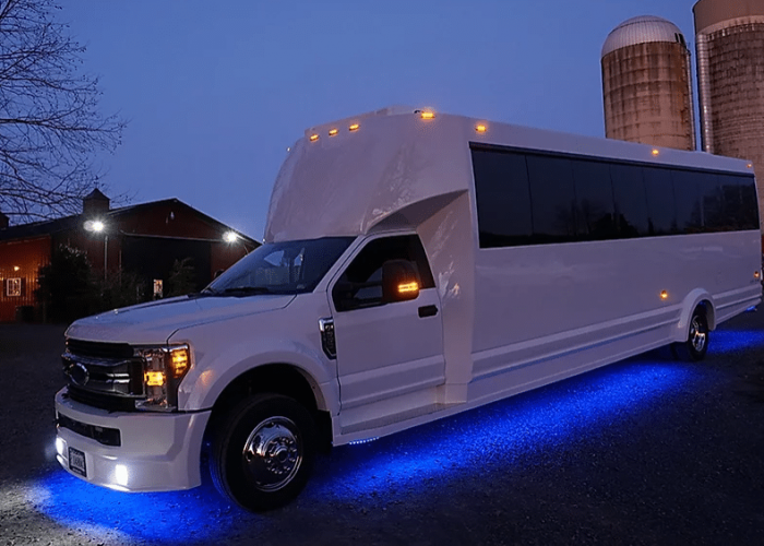 4 COMMON MYTHS ABOUT PARTY BUS RENTALS